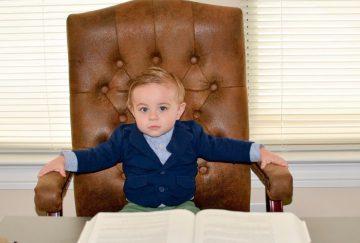 И, по большому счету, вопрос о том, как воспитать ребенка лидером, для многих родителей может и остаться лишь вопросом
