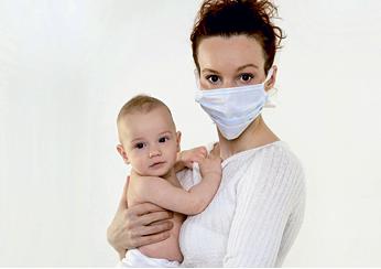 Заболела. Как не заразить ребенка? Итак, случилось так, что мама заболела. Как не заразить ребенка? Если вовремя предпринять меры, заражения малыша можно избежать.