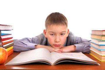 Почему ребенок может не успевать по учебе?
